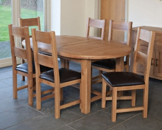Hampshire Oak Oval Extending Dining Table and 6 Padded Seat Chairs