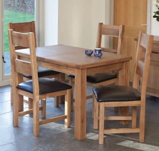Hampshire Oak Extending Dining Table and 4 Padded Seat Chairs