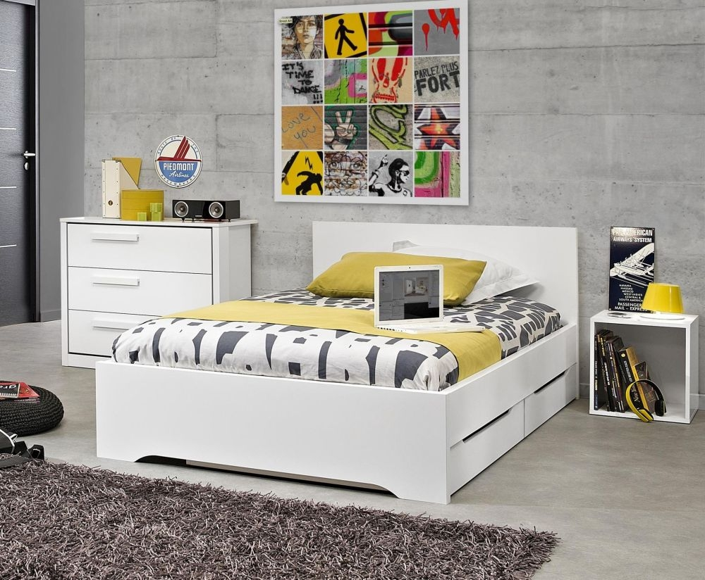 Gami Jeko White Bed