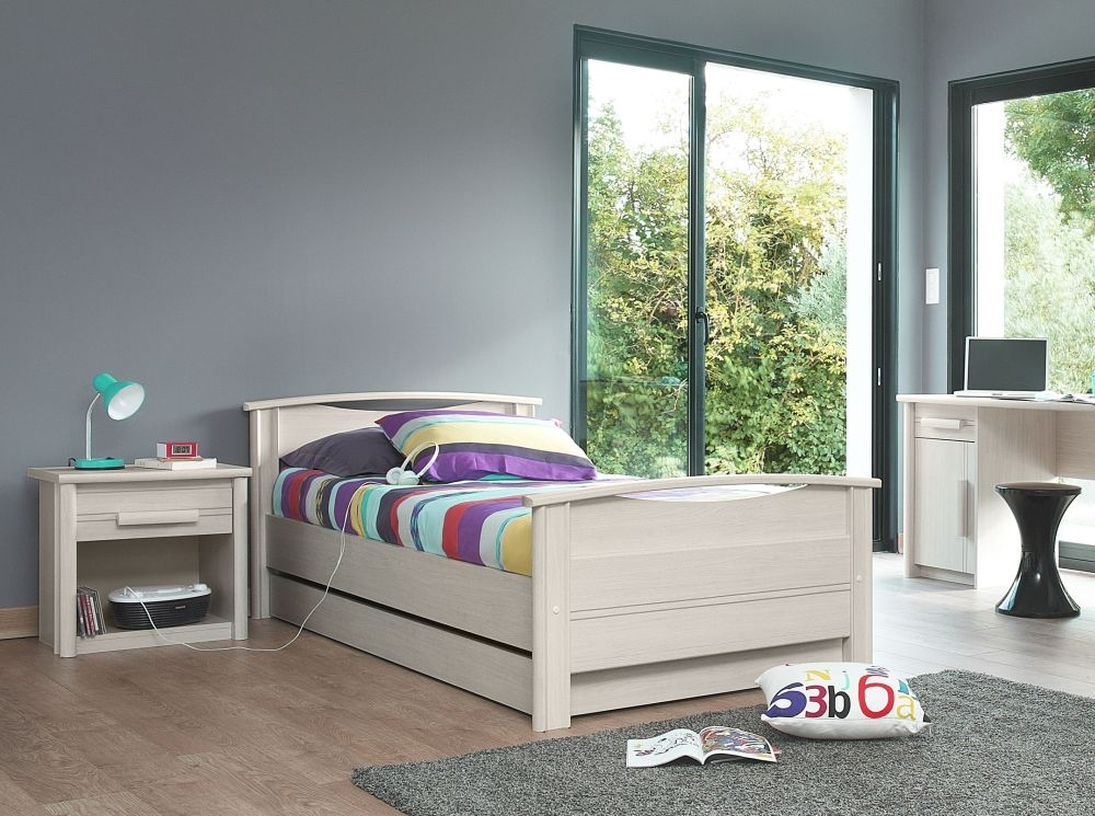 Gami Montana Whitewashed Ash Bed