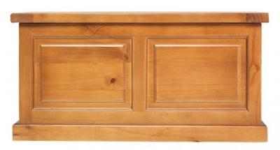 Churchill Pine Blanket Box
