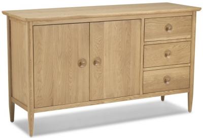 Skean Oak Sideboard