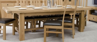Homestyle GB Bordeaux Oak Twin Panel Grand Extending Dining Table