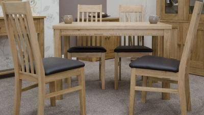 Homestyle GB Elegance Oak Dining Set - Medium with 4 Sophia Chairs