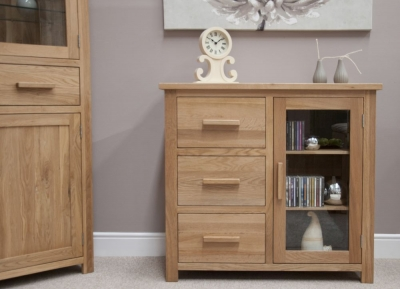 Homestyle GB Opus Oak 1 Door Glazed Chest