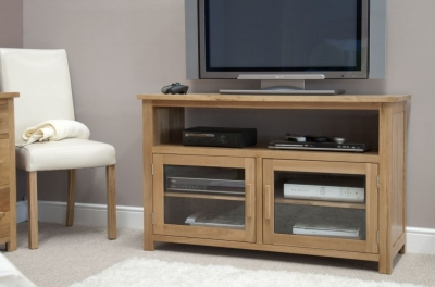 Homestyle GB Opus Oak Entertainment Unit