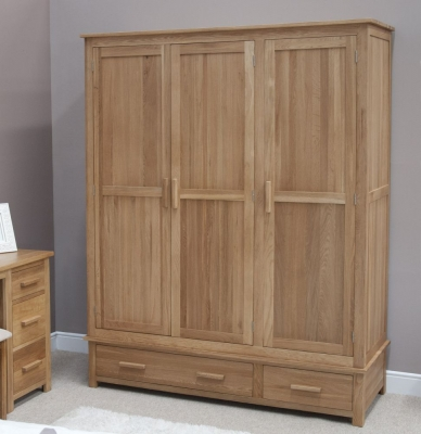 Homestyle GB Opus Oak 3 Door 2 Drawer Wardrobe