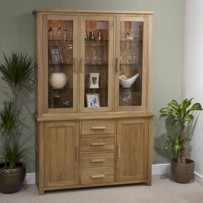 Homestyle GB Opus Oak Dresser - Large