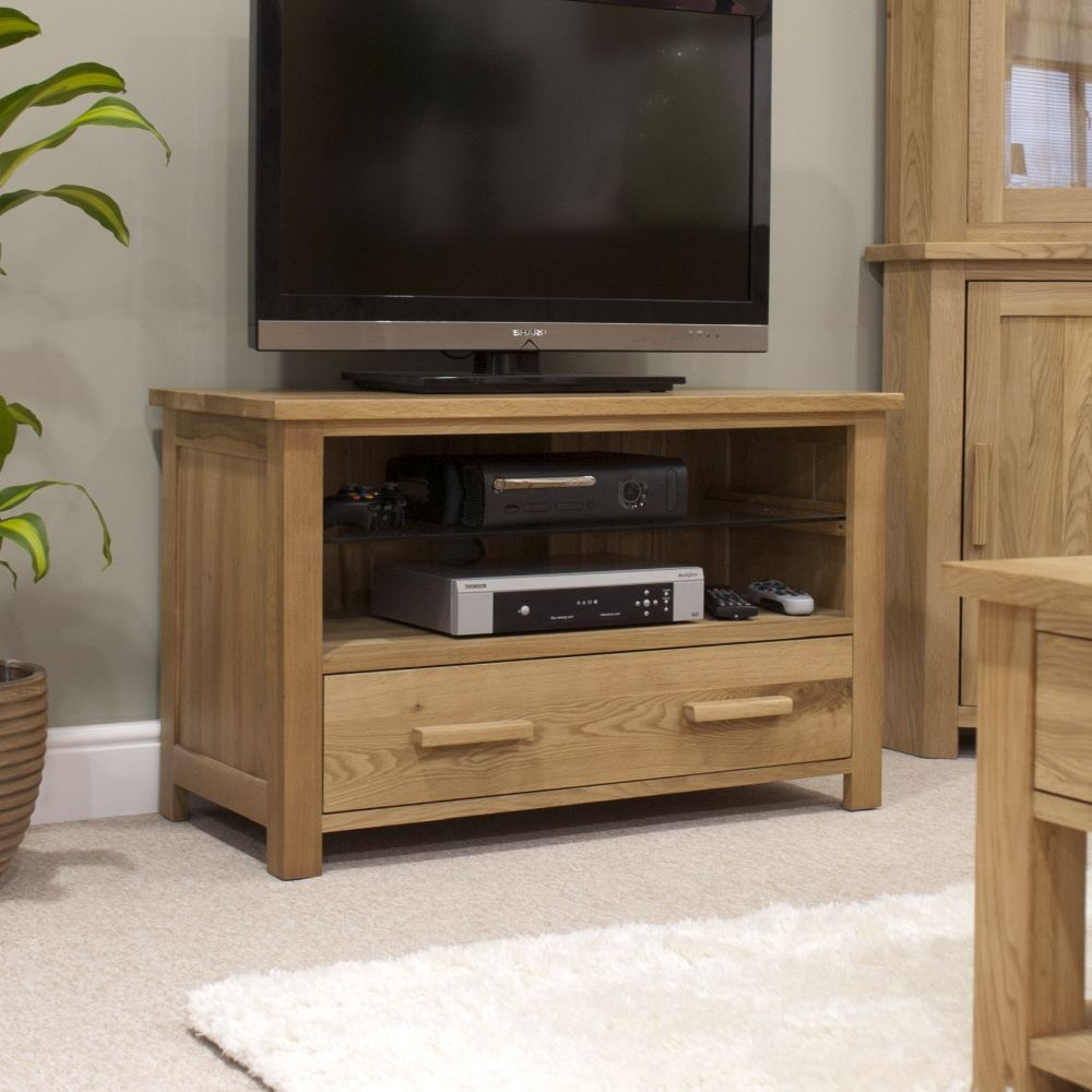 Homestyle GB Opus Oak TV Cabinet