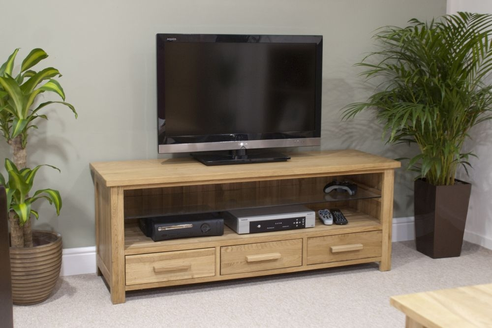 Homestyle GB Opus Oak 3 Drawer Plasma TV Unit