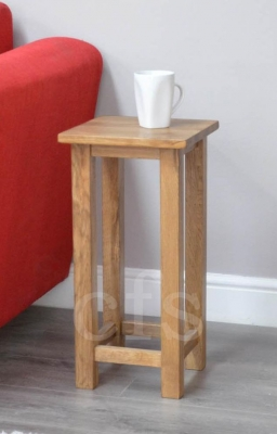 Homestyle GB Rustic Oak Occasional Lamp Table - Square