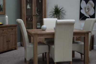 Homestyle GB Rustic Oak Extending Dining Set and 4 Richmond Ivory Chairs