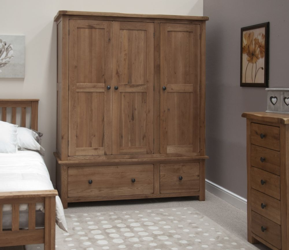 Homestyle GB Rustic Oak 3 Door 2 Drawer Triple Wardrobe