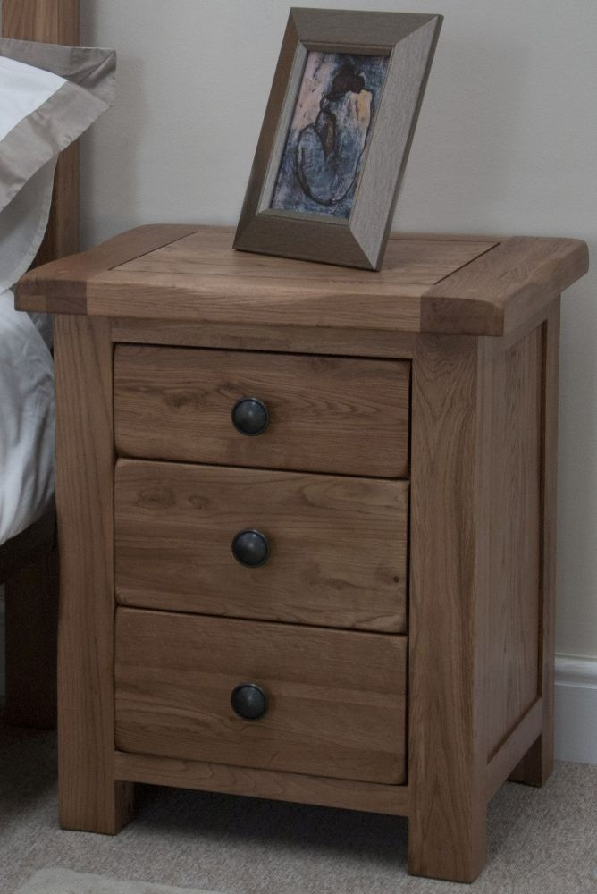 Homestyle GB Rustic Oak Bedside Cabinet - 3 Drawer