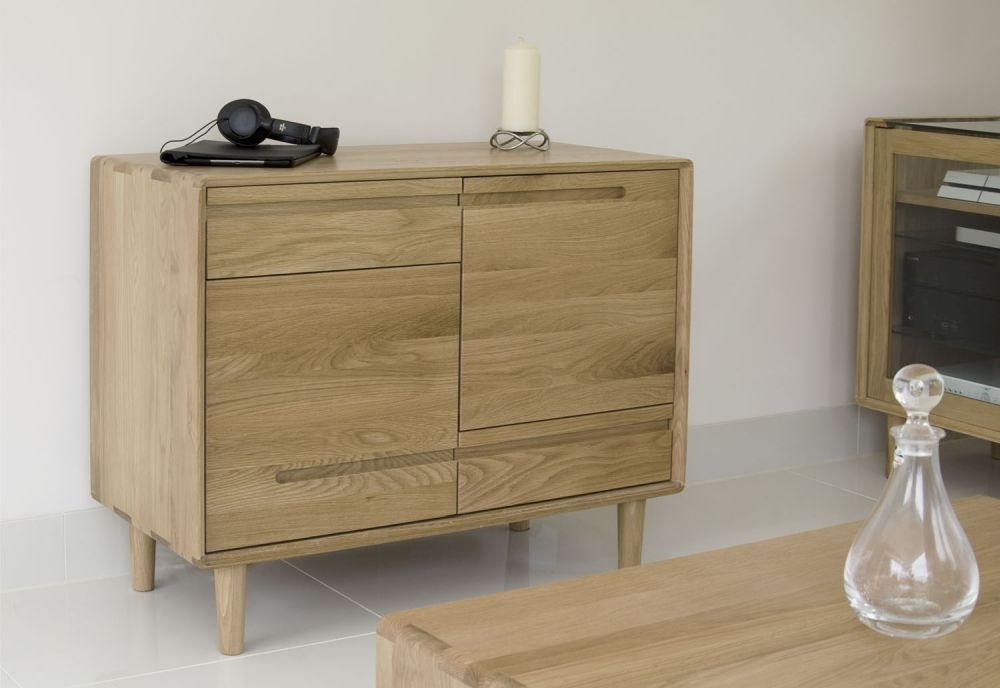 Homestyle GB Scandic Oak 2 Door 2 Drawer Tall Sideboard