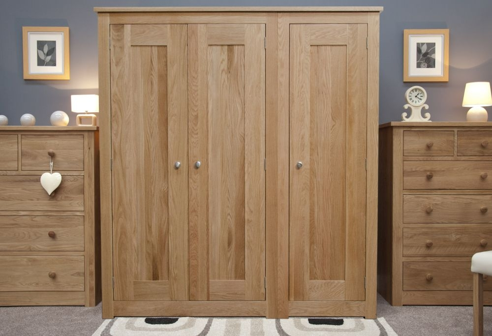 Homestyle GB Torino Oak 3 Door Triple Wardrobe