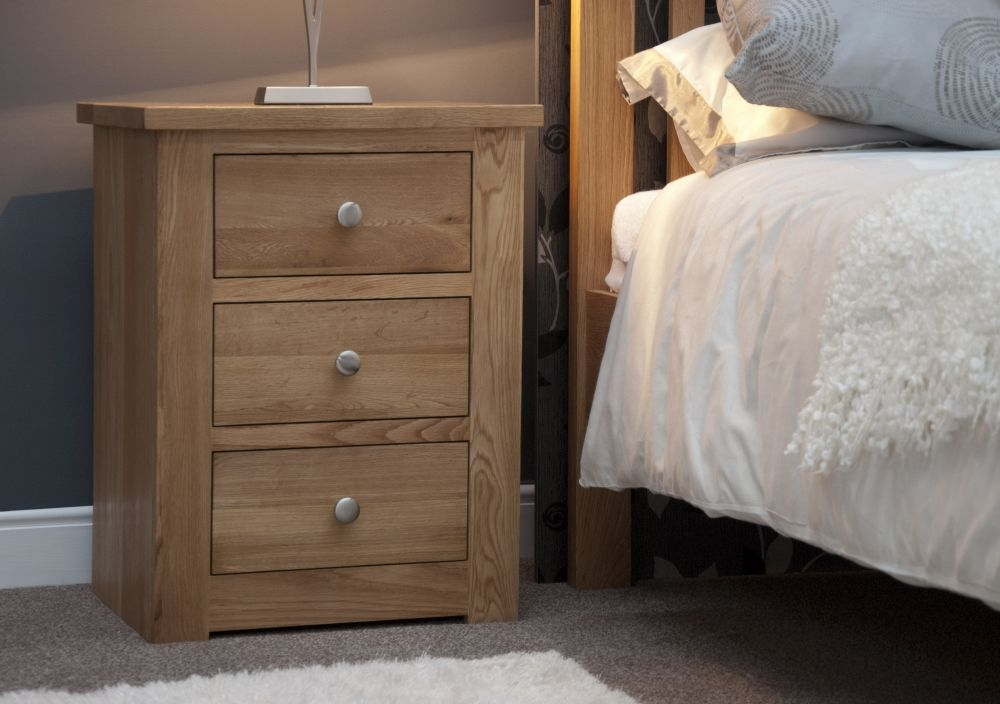 Homestyle GB Torino Oak Bedside Cabinet - 3 Drawer Narrow