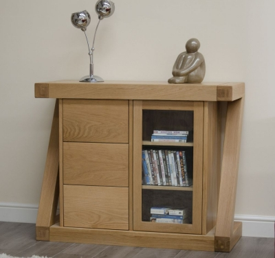 Homestyle GB Z Designer Oak 1 Door Glazed Chest