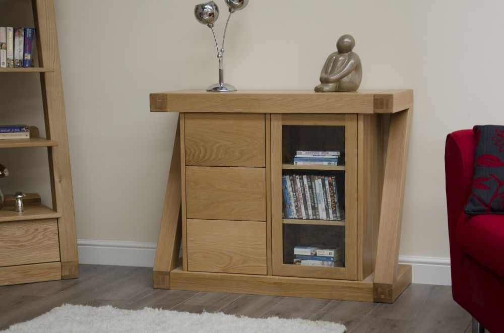 Homestyle GB Z Oak Designer 1 Door 3 Drawer Glazed Chest