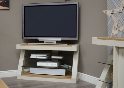 Homestyle GB Z Painted Corner TV Unit