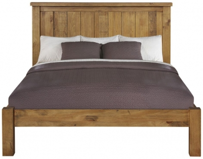 Regatta Rustic Pine Bed