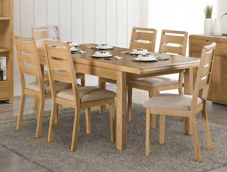 Julian Bowen Curve Oak Extending Dining Table