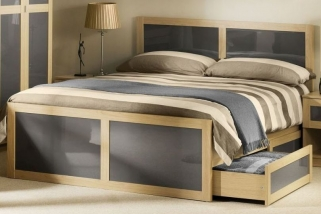 Julian Bowen Strada Light Oak Bed