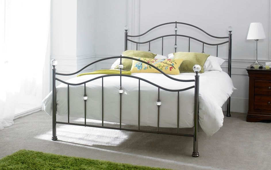 Limelight Cygnus Black Chrome Metal Bed