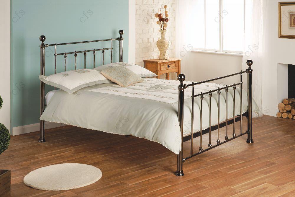 Limelight Libra Black Metal Bed