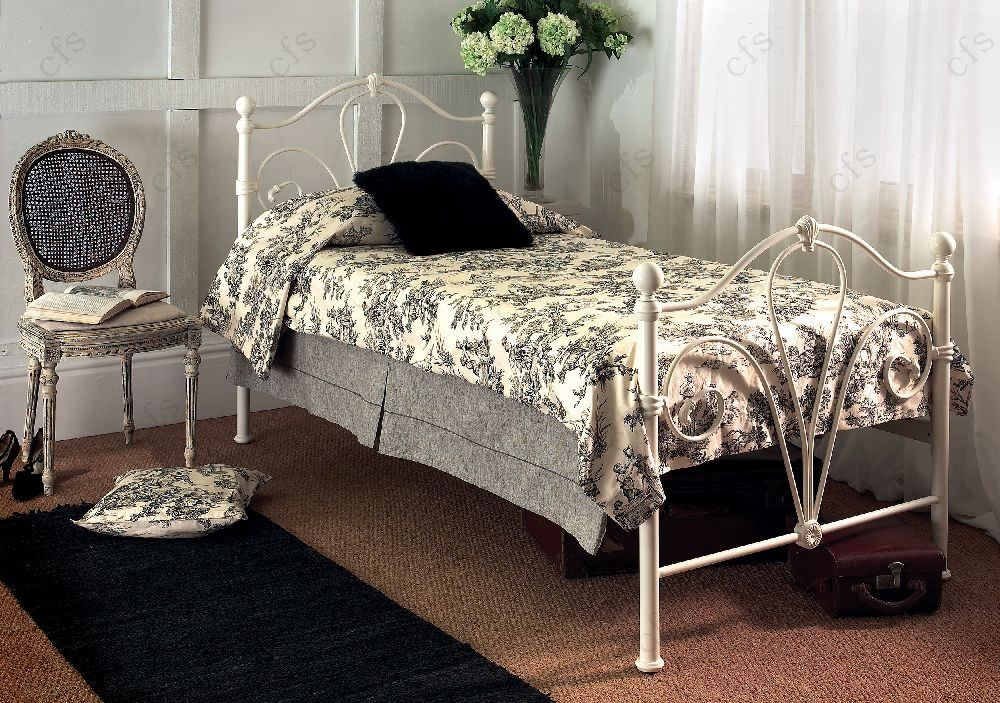Limelight Nimbus Ivory Metal Bed