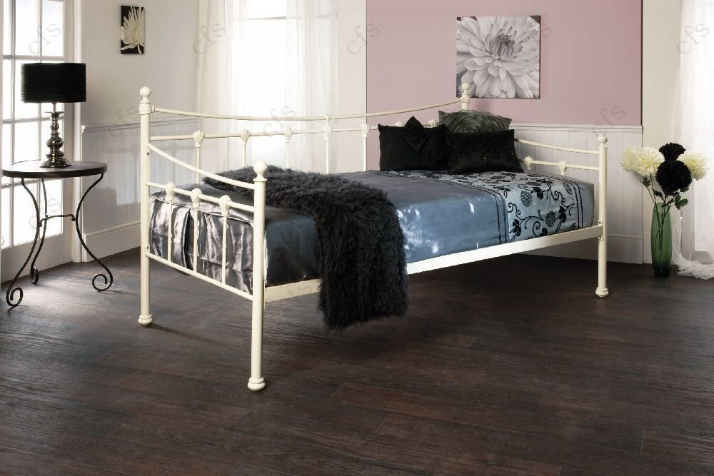 Limelight Sirus Ivory Day Bed