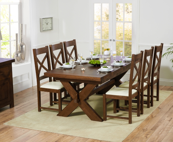 oak 200cm extending dining table with 6 canterbury dark cream chairs