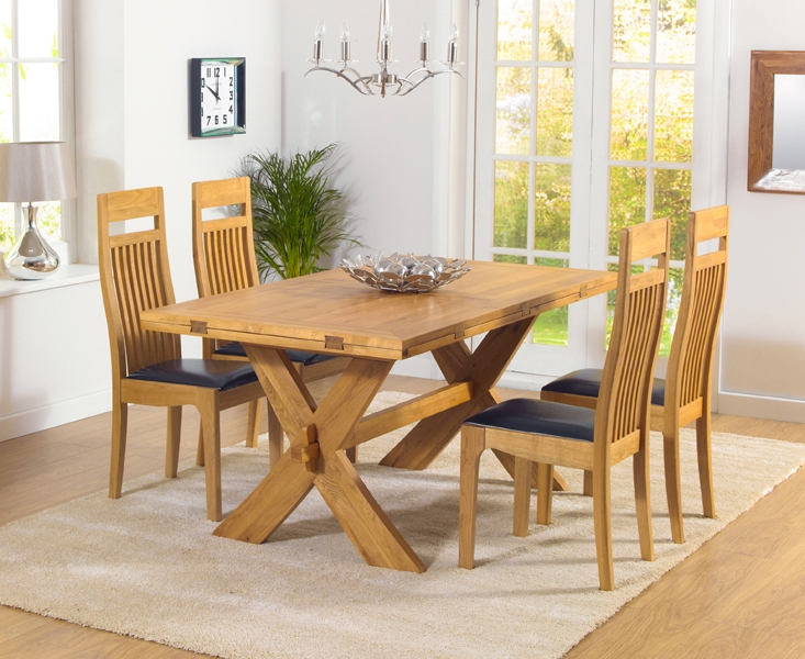 Mark Harris Avignon Solid Oak 165cm Extending Dining Table with 4 Monte Carlo Black Chairs