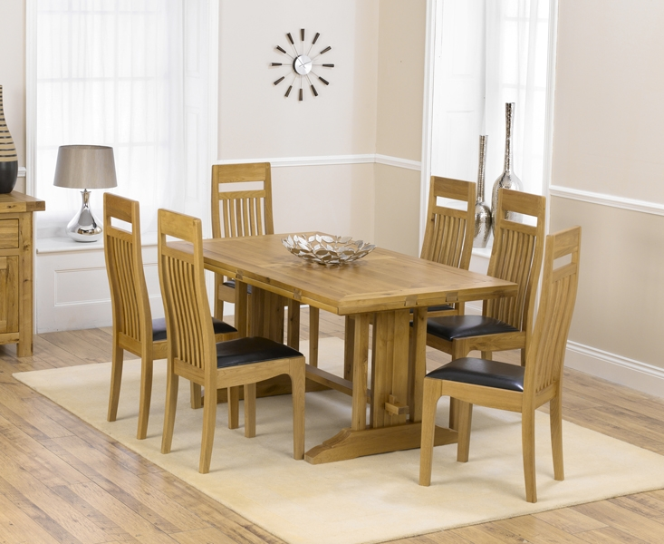 Mark Harris Cavanaugh Oak 165cm Extending Dining Table with 6 Monte Carlo Black Chairs
