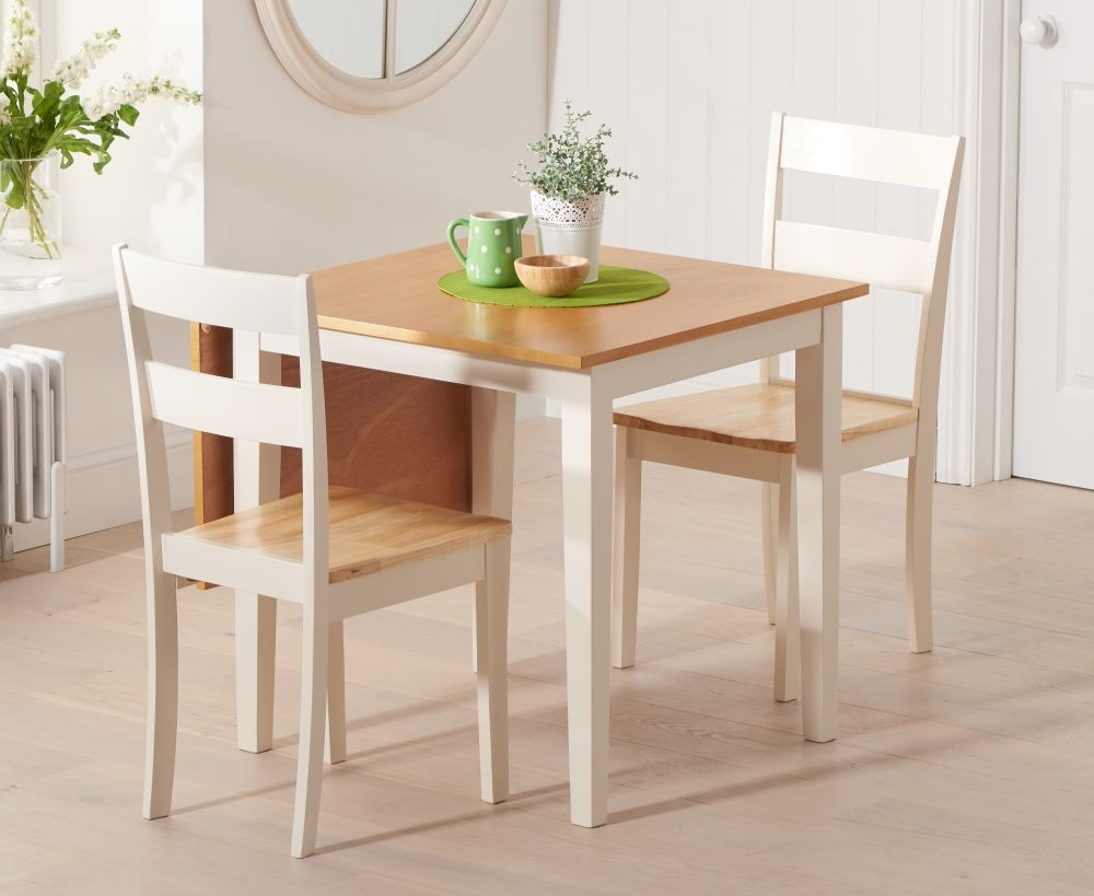 Mark Harris Mara Oak and Cream Rectangular Extending Dining Set with 2 Chichester Chairs