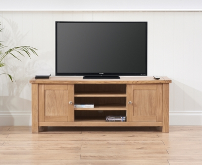 Mark Harris Sandringham Solid Oak TV Unit