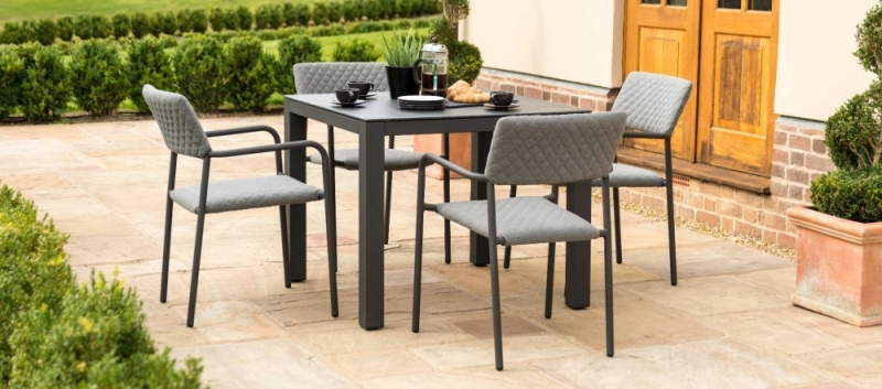 Maze Lounge Outdoor Bliss Flanelle Fabric 4 Seat Square Dining Set