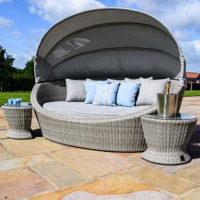 Maze Rattan Oxford Daybed