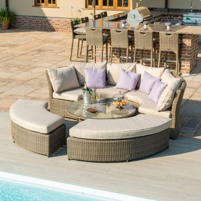 Maze Rattan Winchester Lifestyle Suite with Rising Table