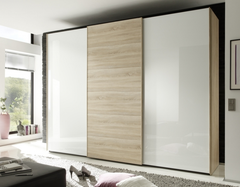 Nolte Attraction Version 2A Sliding Wardrobe with Wooden and Glass Front