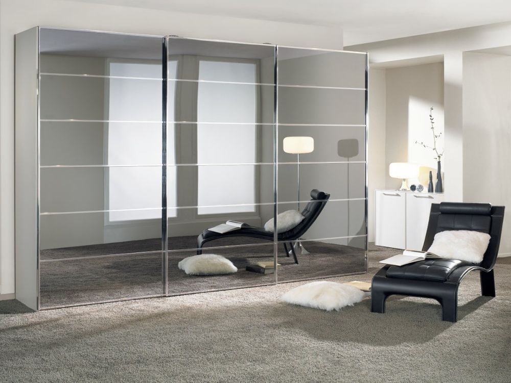 Nolte Attraction Version 4 Sliding Wardrobe with Glass Front