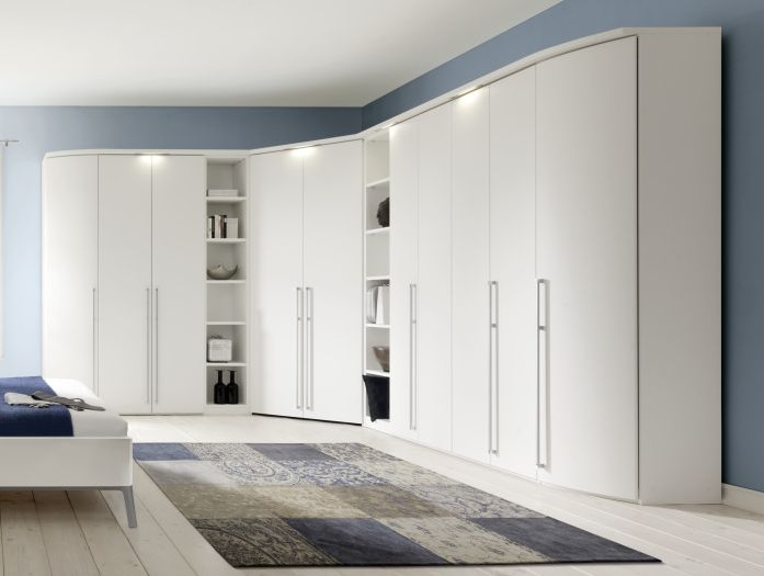 Nolte Columbus Polar White L Shaped 10 Door Hinged Wardrobe with Walk in Corner and Shelf Unit - W 512cm