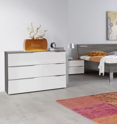 Nolte Evena Wood Chest of Drawers