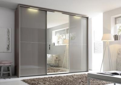Nolte Marcato2.2 - Version 2 Sliding Wardrobe with 3 Horizontal Lattice Bar and Partial Mirror