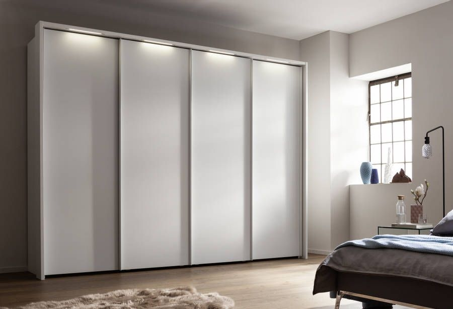 Nolte Marcato Version 1A Polar White 4 Door Sliding Wardrobe with Pelmets and Lighting Passe Partout - W 320cm