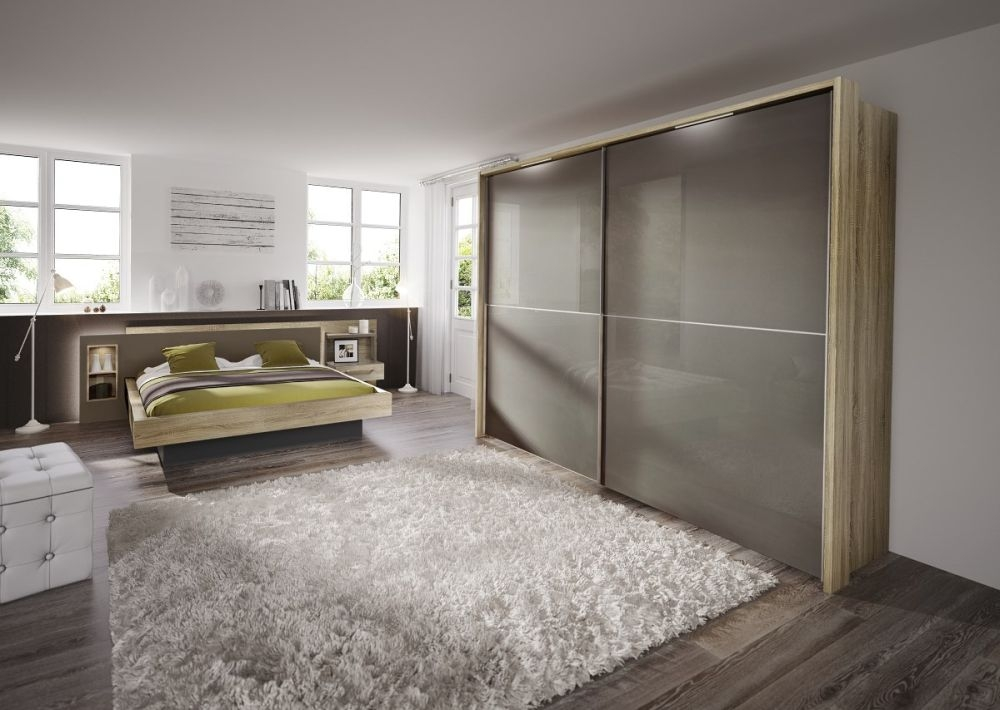 Nolte Velia 1 Version - 3B Sliding Wardrobe with Glass Front