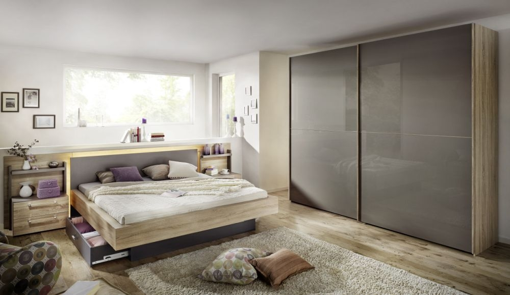 Nolte Velia 2 Version - 3 Sliding Wardrobe with Glass Front
