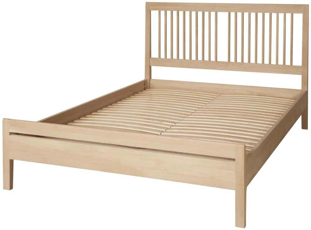 Qualita Hudson Oak Bed
