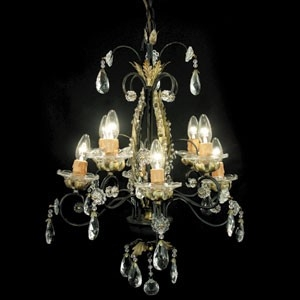 RV Astley 8 Light Chandelier