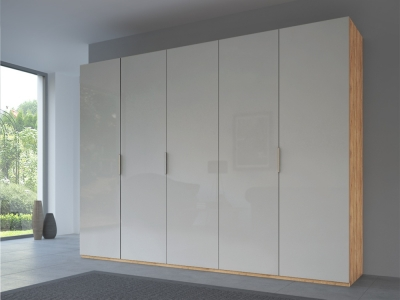 Rauch 20UP Front 3B Wardrobe with Glossy Glass Front